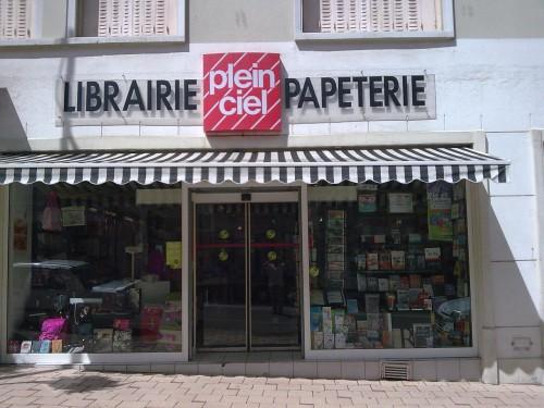 Plein ciel liste des commerces for Papeterie plein ciel